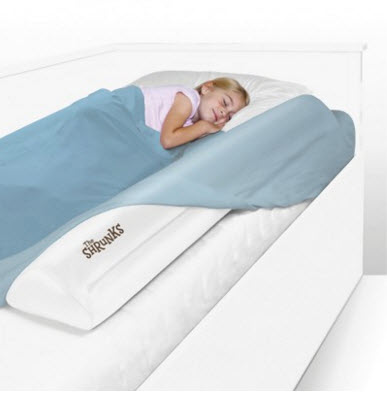 Barrera hinchable para cama infantil de marca Shrunks