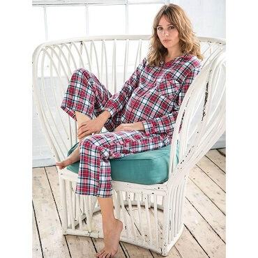 Camisones y Pijamas