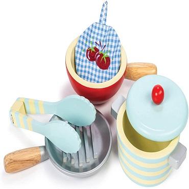 Utensilios de cocina de juguete