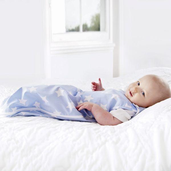 Saquito de Bebé color Azul Estampado Estrellas. 1 tog