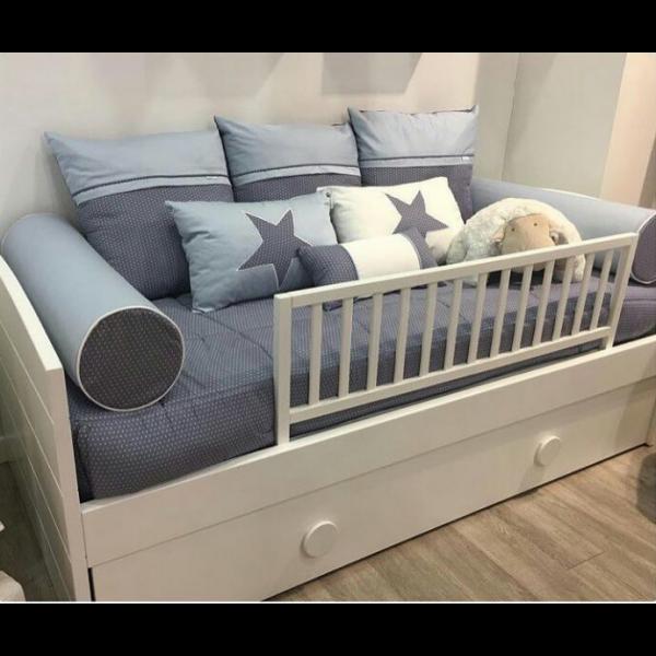Barrera cama madera blanca quax shopmami for Camas blancas de madera