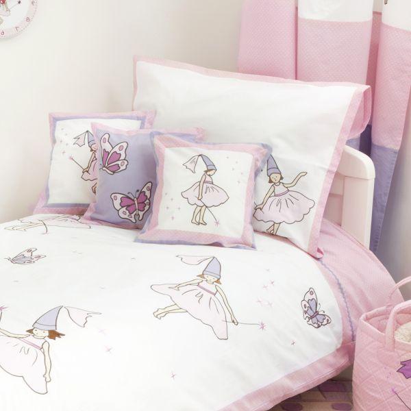 Lote de 3 Cojines Infantiles en Color Rosa con Estampado de Hadas