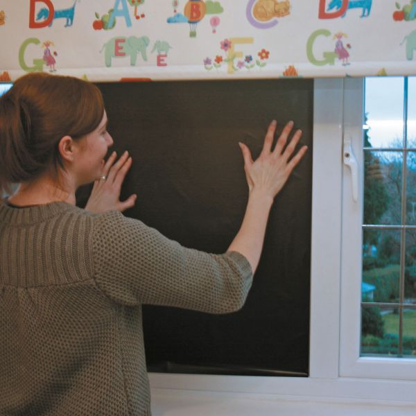 Persiana Bloquea Luz para habitación de niños