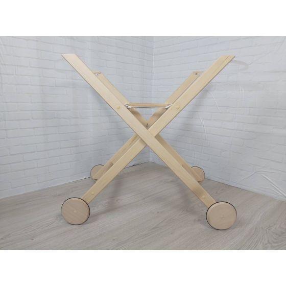 Patas plegables con ruedas lacadas en madera de haya para Moises