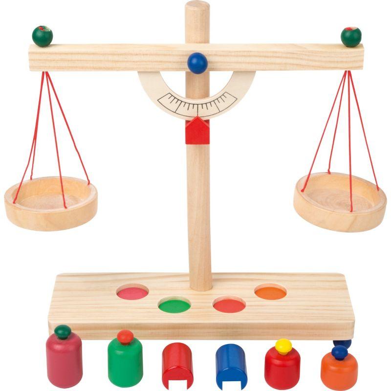 balanza romana de madera
