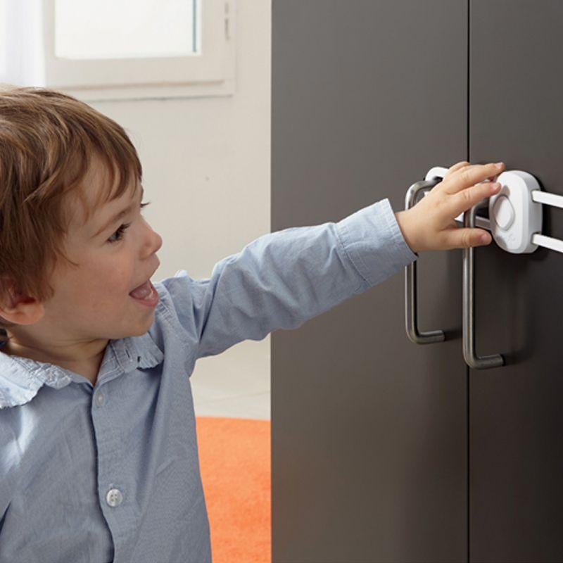 Candado para armario deslizable con Botón Secreto - Safety 1st