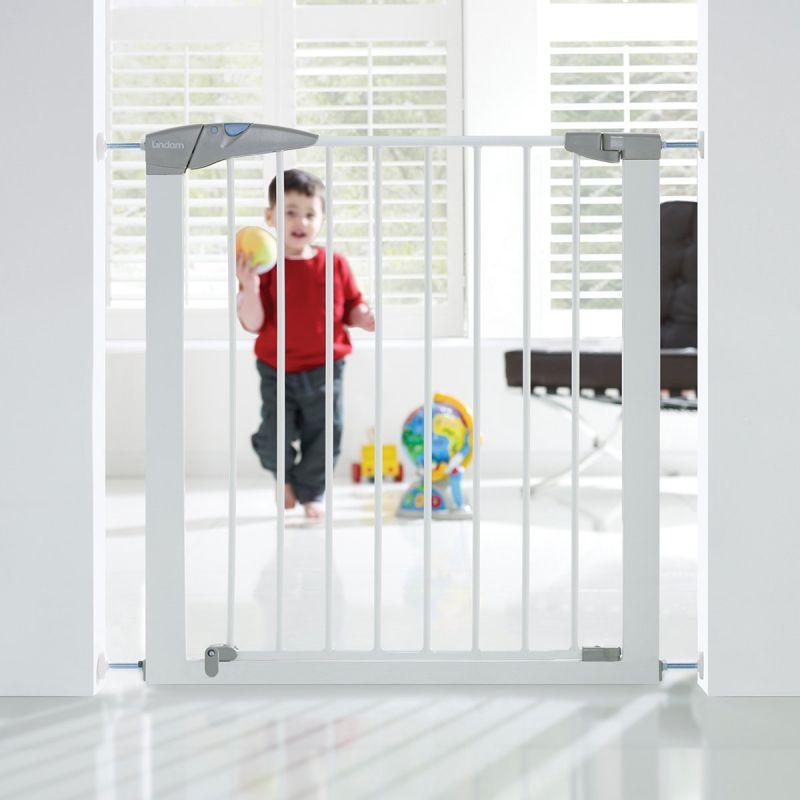 Puerta de seguridad Lindam con ajuste a presión