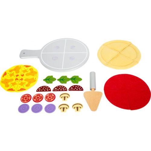 Pizza de tela con plato