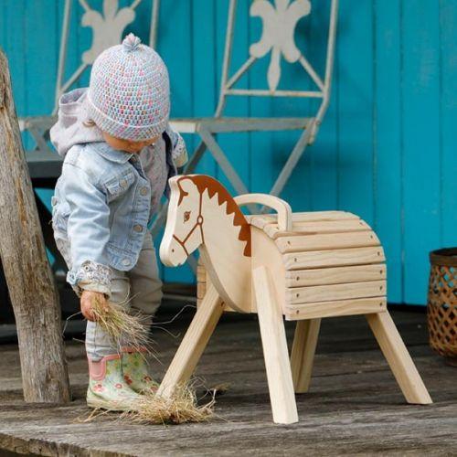 Caballito de madera , Goki , a partir de 2 años