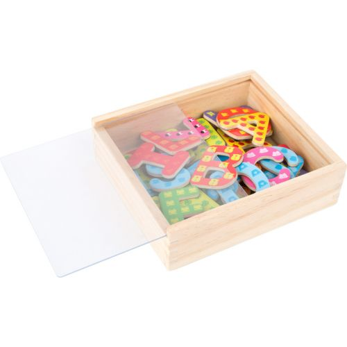 Letras magnéticas multicolores